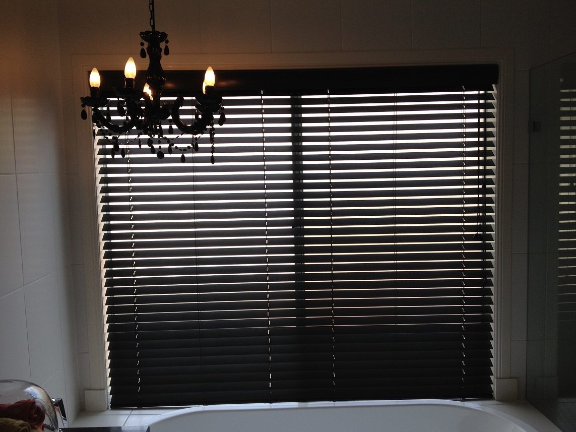 Timber venetian blinds melbourne ariana curtains blinds for Www timberblinds com