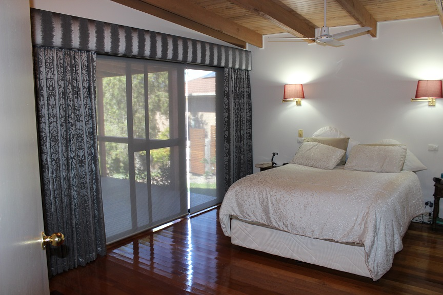 curtains&Day Blinds on pelmets