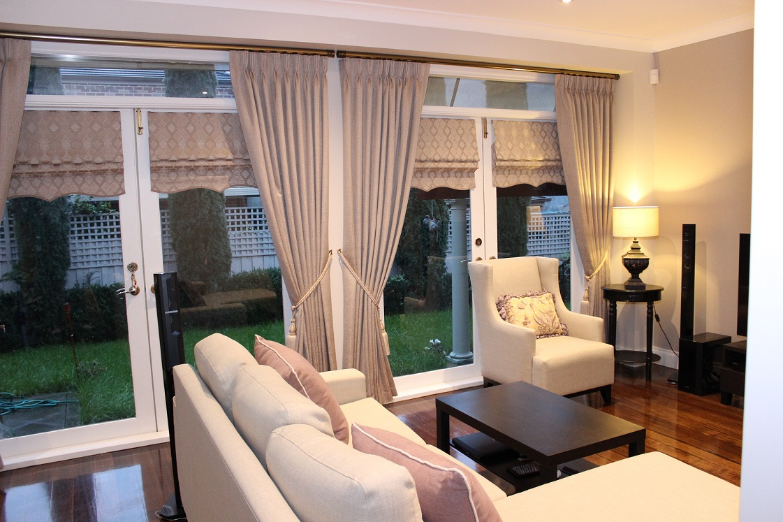 Pinch Pleats Curtains & Rods